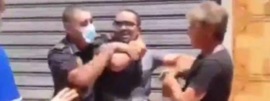 Un hombre golpea brutalmente a su expareja con un plato de bravas