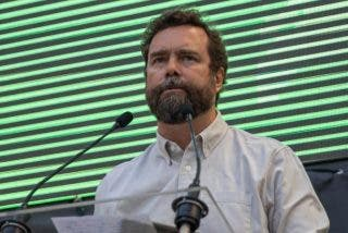 """Entrevista a Iván Espinosa de los Monteros: """"VOX es la última línea de defensa que impide que el nacionalismo triunfe"""""""