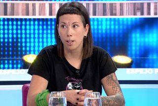 """Fanny 'La Vegana' da rienda suelta a su ineptitud en 'Espejo Público' y exige como solución mágica """"curar"""" a los visones contagiados de coronavirus"""
