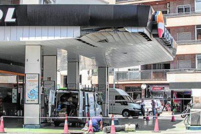 Fallece uno de los heridos por la explosión de la gasolinera en Cartagena