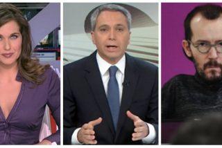 Raquel Martínez (TVE) sale en defensa de un Vicente Vallés acosado por Echenique