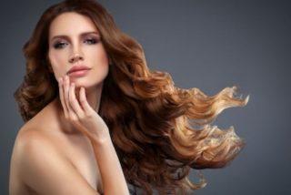 reflejos naturales en pelo castaño oscuro