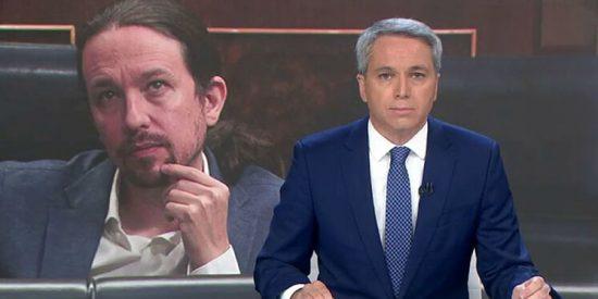 Casa Real golpea duro a Iglesias y Sánchez: el Rey Felipe apoya públicamente a Vicente Vallés