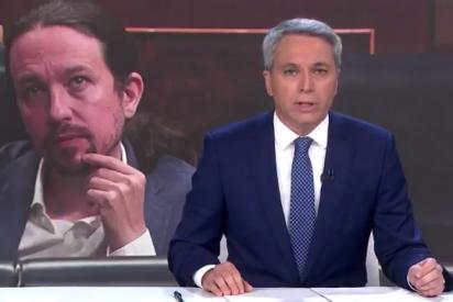 """Vicente Vallés saca tarjeta roja a Pablo Iglesias: """"Decidió no someter a más presión a Dina, una mujer mayor de edad"""""""