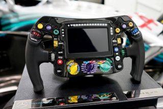 ¿Sabes la función de cada botón,perillas y palancas de un volante de Fórmula 1?