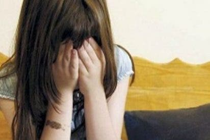 Una banda de adolescentes apaliza reiteradamente a una niña de 13 años por ser hija de un guardia civil