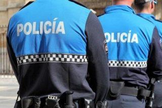 Dos policías locales reciben una tremenda paliza al pedir el DNI a un grupo de gitanos que tomaban cañas sin mascarilla