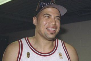 Bison Dele: campeón con Jordan en los Bulls, abandonó en su mejor momento la NBA y su hermano lo mató en altamar