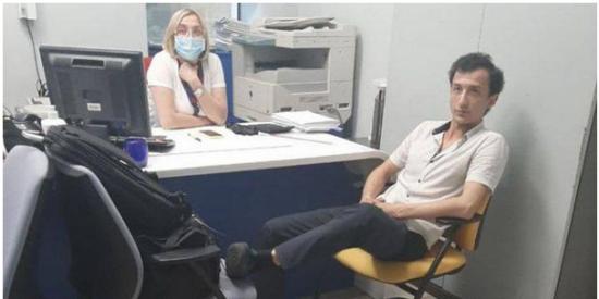 Un hombre atrincherado en un banco de Ucrania amenaza con hacer explotar la entidad bancaria