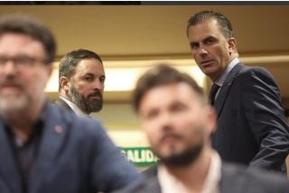"""VOX advierte que otros caerán antes que Felipe VI: """"¿Y si ilegalizamos partidos separatistas?"""""""
