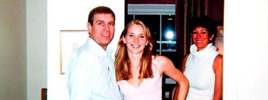 El príncipe Andrés pasó dos días a solas con una 'esclava sexual' en una de las mansiones de Jeffrey Epstein