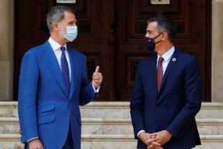 El veraneante Sánchez vuelve a presionar a Felipe VI para que ahora desvele el paradero de Juan Carlos I