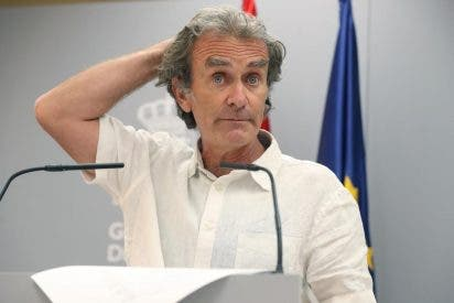 "La prensa belga se cachondea abiertamente de Fernando Simón: ""Monsieur COVID"""