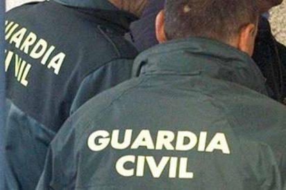 A quemarropa: un encapuchado sorprende a un guardia civil con tres tiros y se da a la fuga