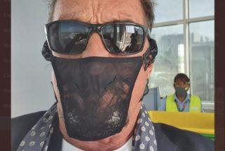 El millonario McAfee hizo frente a la Policía, se negó a usar mascarilla, se cubrió la cara con unas bragas y acabó con un ojo morado