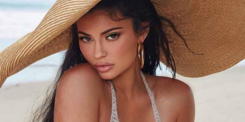 El 'bombazo' rosa barbie de Kylie Jenner