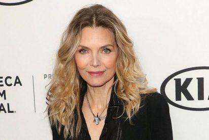 Michelle Pfeiffer al 'natural' y en traje de baño