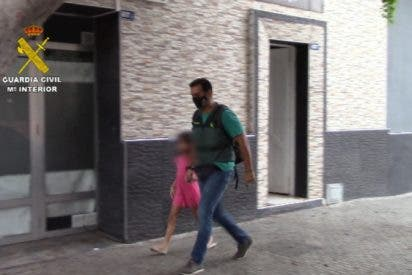 La Guardia Civil atrapa en Melilla al musulmán que secuestró a su hija en Suecia para llevársela a Siria