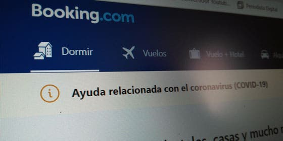 Booking.com en crisis: planea reducir en un 25% su plantilla mundial por el impacto del coronavirus