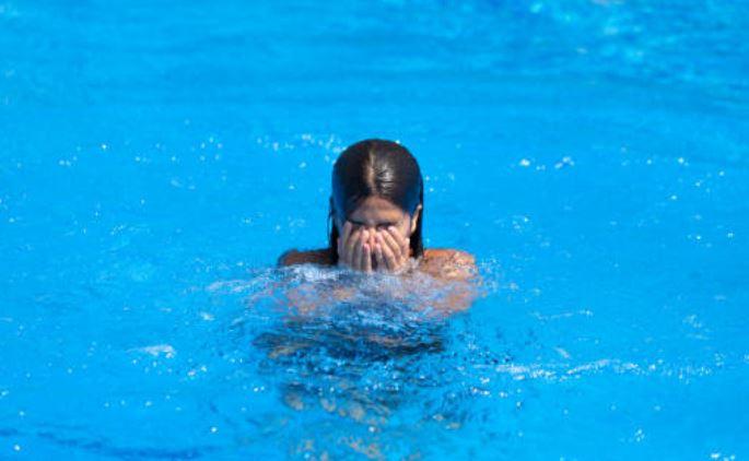 ojos piscina cloro