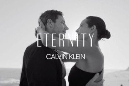 Christy Turlington y Edward Burns imagen de Eternity de Calvin Klein
