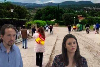 Iglesias y Montero llegan al casoplón de Galapagar de sus vacaciones interrumpidas y se encuentran... ¡otro escrache!