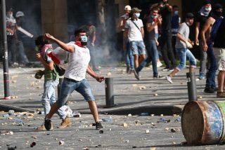 Los manifestantes toman el Ministerio de Relaciones Exteriores en Beirut