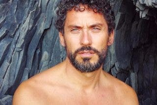 """""""Esto es un pecado de Dios"""": el impagable desnudo de Paco León que obliga a hacer zoom"""