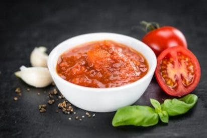 Pesto a la Trapanese, (pesto rojo)