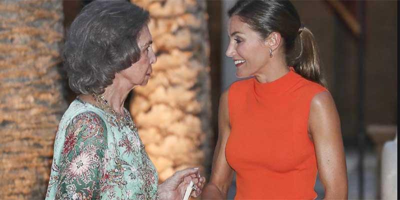 El aquelarre comunista no canta victoria completa: Doña Sofía seguirá en España y proseguirá con su actividad institucional