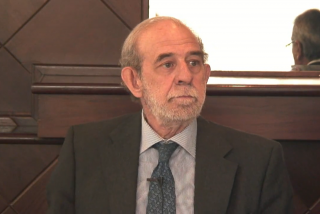 La juez eleva al Supremo la causa contra el presunto maltratador Valdés (PSOE), amparado por un Constitucional que dejó caer a Enrique López (PP) por un positivo en alcoholemia