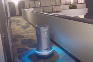 """Hoteles: Winnie, el robot que hace """"Room service"""""""