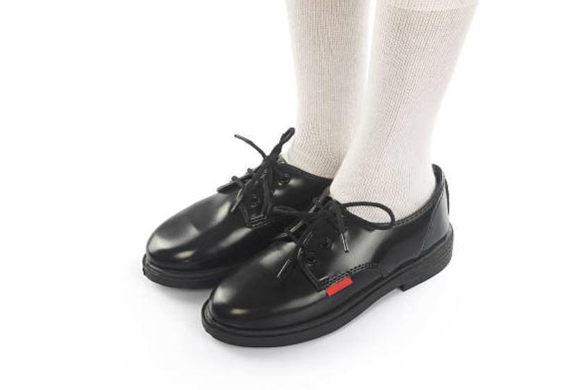 zapatos para el colegio
