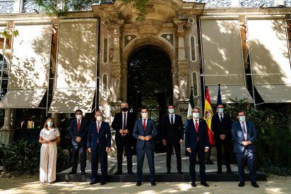 Juanma Moreno y los presidentes de diputaciones en Andalucía se conjuran para avanzar
