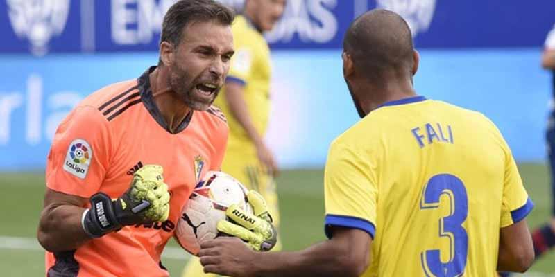 La sentida reflexión de Alberto Cifuentes: desvela por qué su debut en Primera División llega a los 41 años