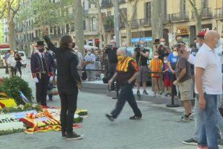 Los fanáticos de siempre atacan a Cake Minuesa por dejar la bandera de España durante la Diada