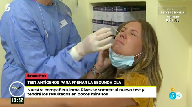 """Bombazo en la tele por una prueba de Covid en directo a una reportera: """"¡Madre mía, Sonsoles!"""""""