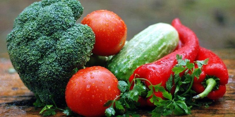 Alimentos crudos: beneficios y ventajas de su consumo