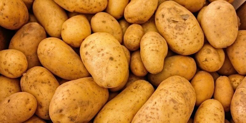 La mejor forma de conservar las patatas: no tires la bolsa de tela en la que vienen