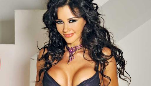 La argentina Dorismar acaba sudadita y 'a lo perrito' en el gym