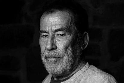 """Fernando Sánchez Dragó: """"Se me estrangula la voz"""""""