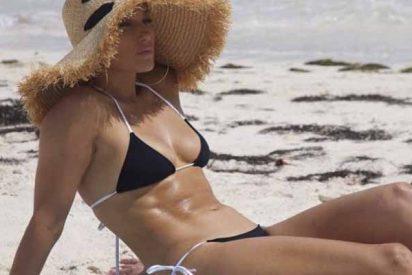 Las curvas 'asesinas' de JLo dejan sin aire a toda la playa en Islas Turcas y Caicos