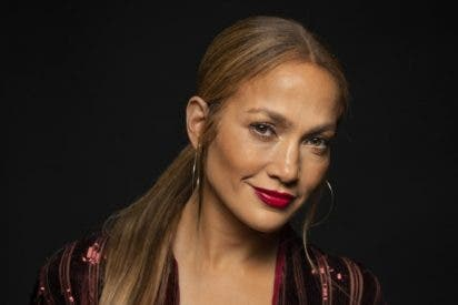 Jennifer Lopez se mete al negocio de la belleza y presenta una nueva línea para el cuidado de la piel
