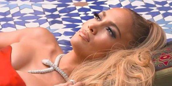Jennifer López se luce con el collar más caro del mundo