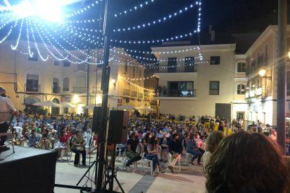 Monóvar: gobernado por PSOE y Podemos, celebra sus fiestas, conciertos 'indepes' y baile sin mascarilla
