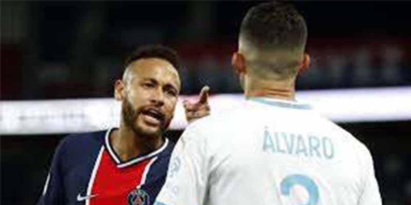 """Neymar explica el porqué de su ira con el español Álvaro González: """"Me llamó mono hijo de puta"""""""