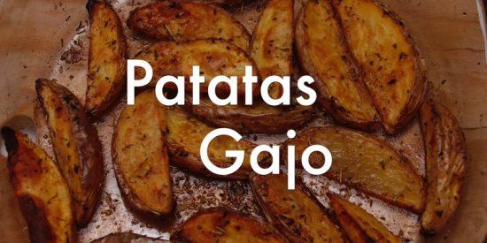 Cómo preparar patatas gajo al horno, paso a paso