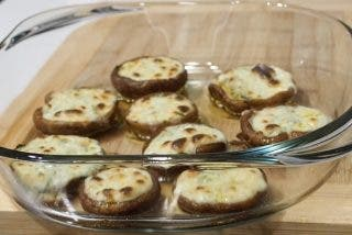 Setas al horno con queso roquefort, una receta exquisita
