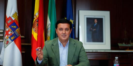 """""""Lamento que el Gobierno siga sin un plan que dé respuesta a las necesidades de municipios y provincias"""""""