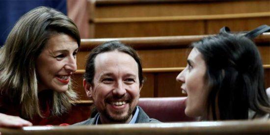 Un profesor británico embiste los ERTE de Sánchez e Iglesias desde El País